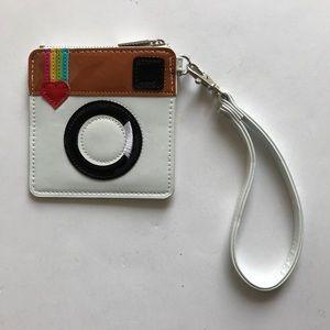 Handbags - NEW Retro rare coin purse wristlet